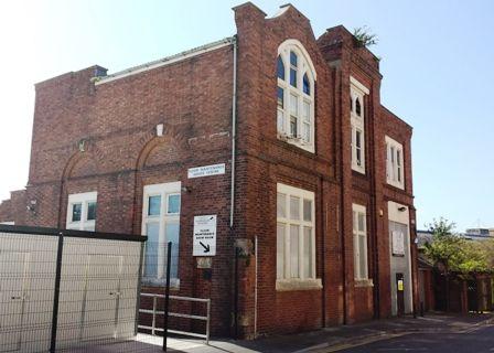 St-Lukes-hall
