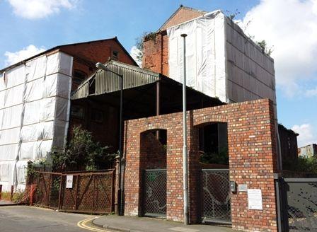 mcarthurs-warehouse